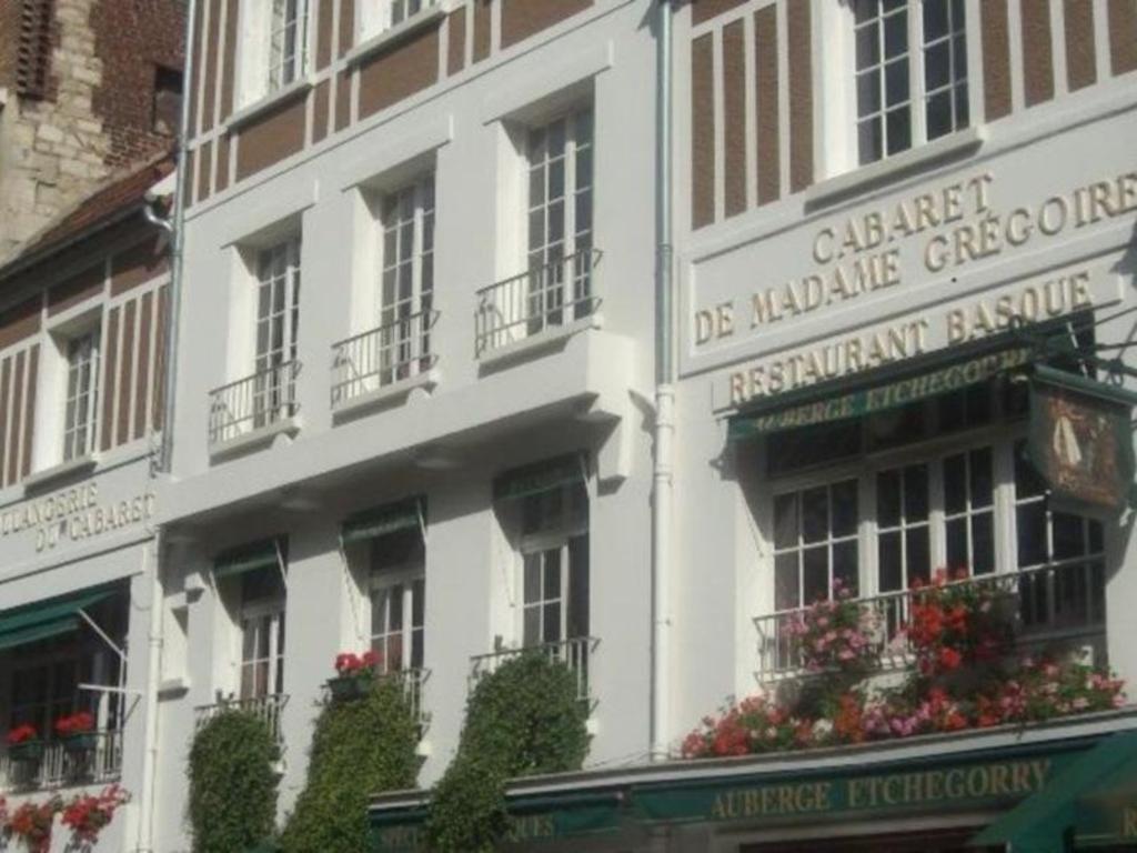 Hotel De La Butte hotel-restaurant le vert galant | paris 2020 updated deals