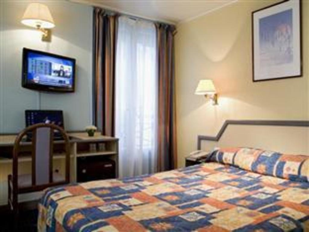 Chambre Simple Hôtel Saphir Grenelle Hotel