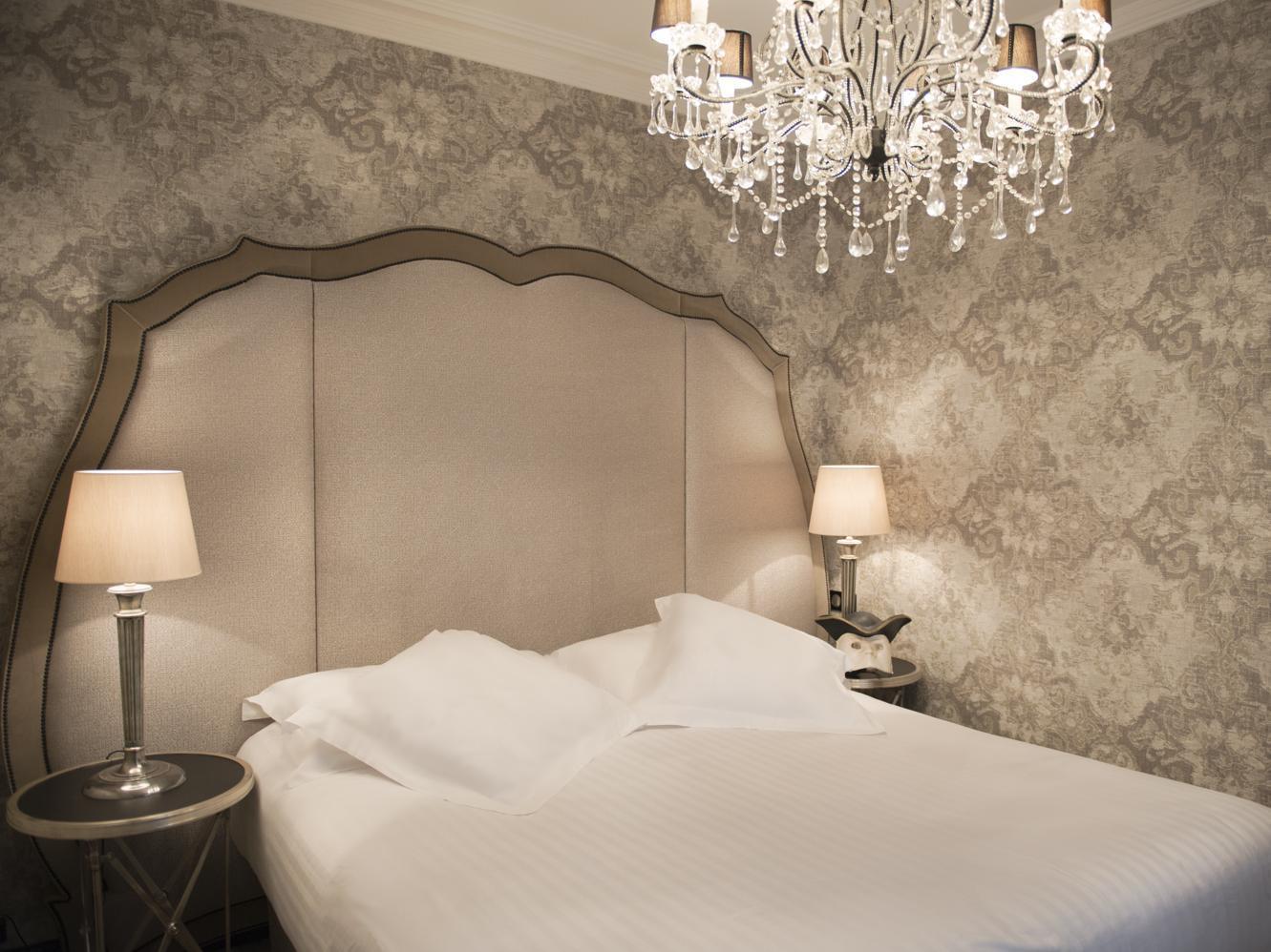 Confort Bain Design Bois Guillaume villa glamour hotel (paris) - deals, photos & reviews