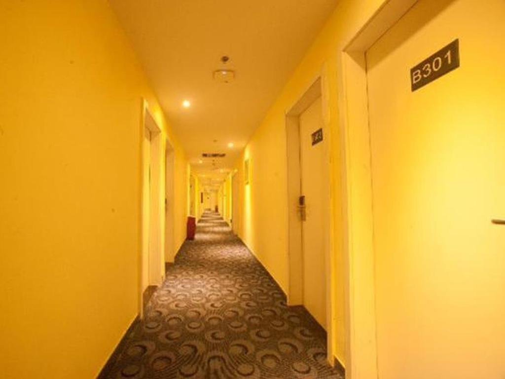 Hotellet indefra 7 Days Inn Huizhou Danshui Haoyiduo Kaicheng Avenue Branch