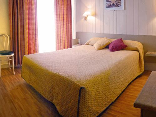 Double Room with terrasse and Bath - Non-Smoking