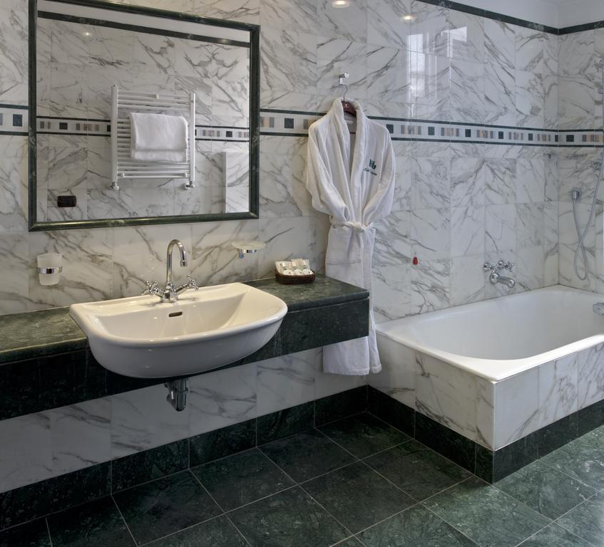 Bathroom Genova Hotel