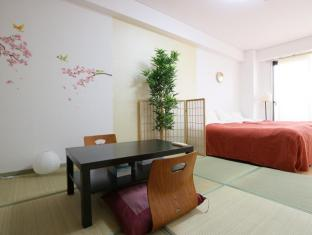 I YA Shimanouchi Apartment