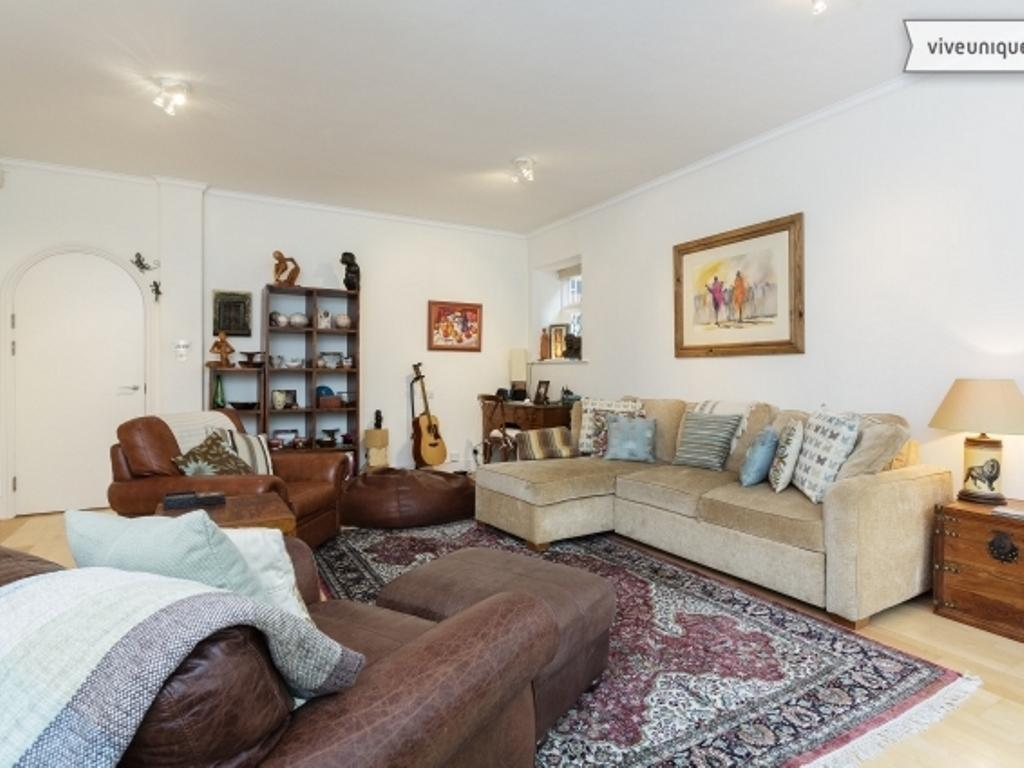 Interiér Veeve Two Bedroom Apartment in Earls Court