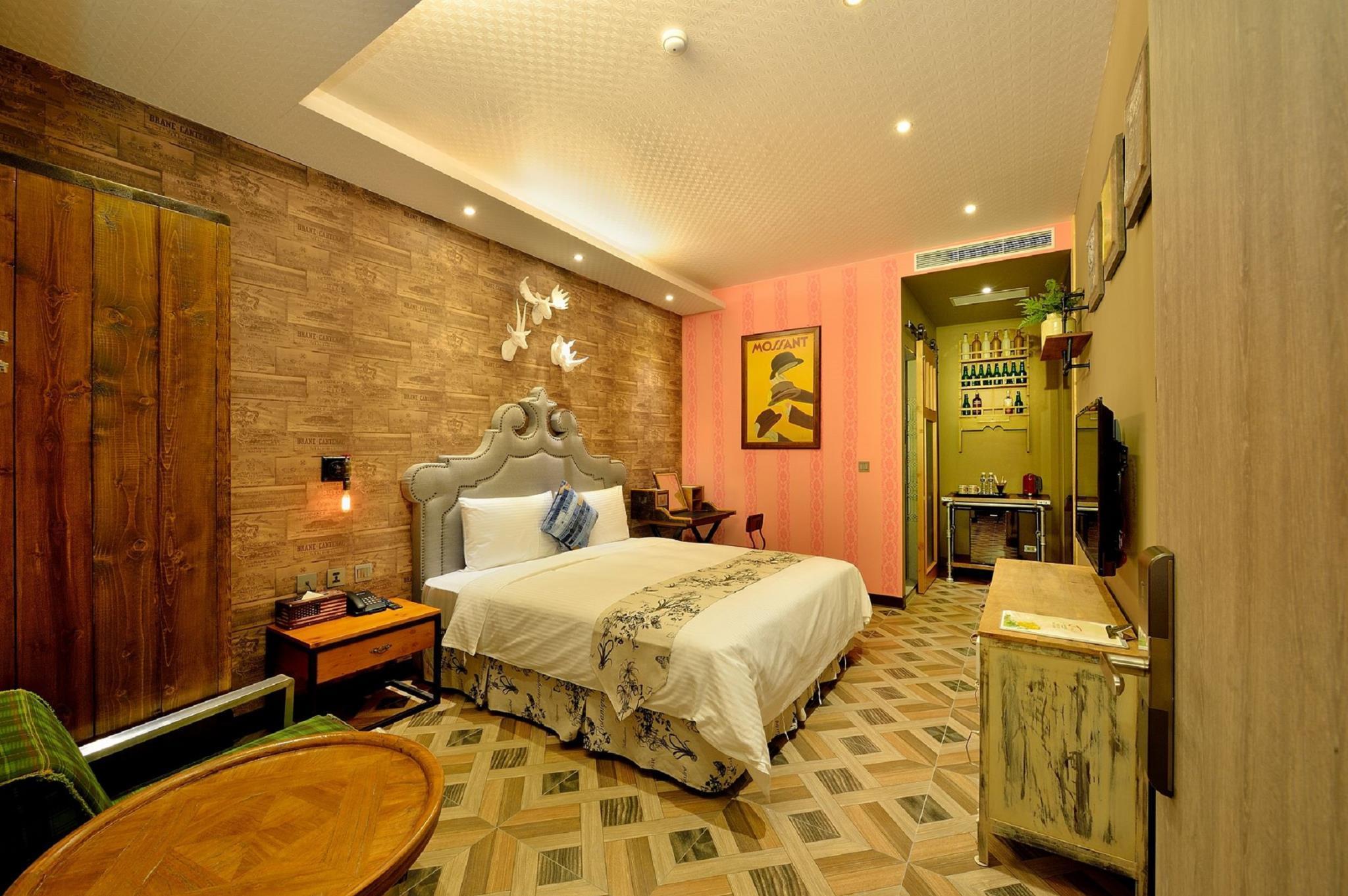 Double Room   Guestroom Smokey Joeu0027s Apartment