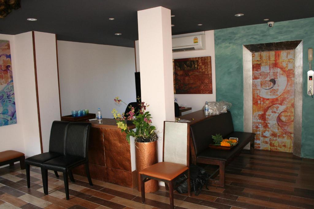 Lobby Arcadia Maephim Serviced Apartments