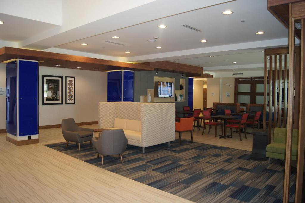 Vista interior Holiday Inn Express & Suites Round Rock - Austin N