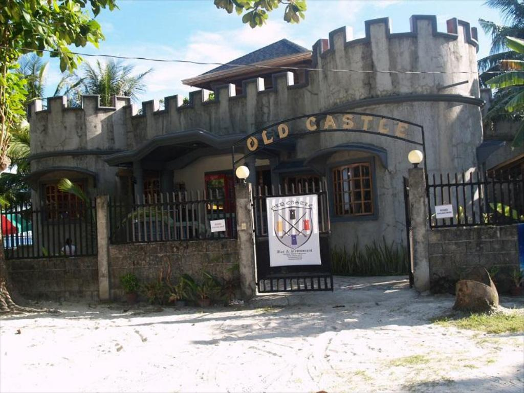 More about Old Castle Bed&Breakfast