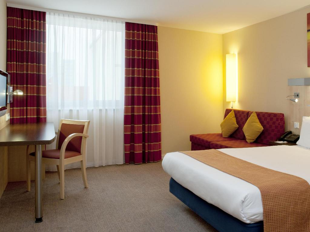 חדר סטנדרט Holiday Inn Express Berlin City Centre West