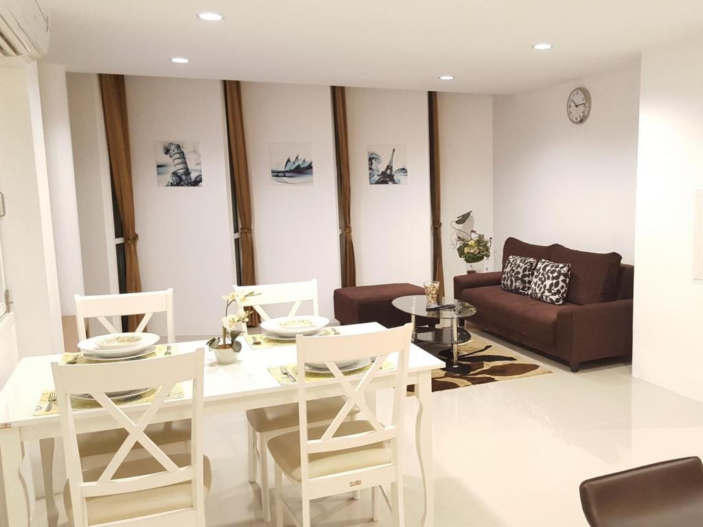 Интерьер TN39 Serviced Apartment