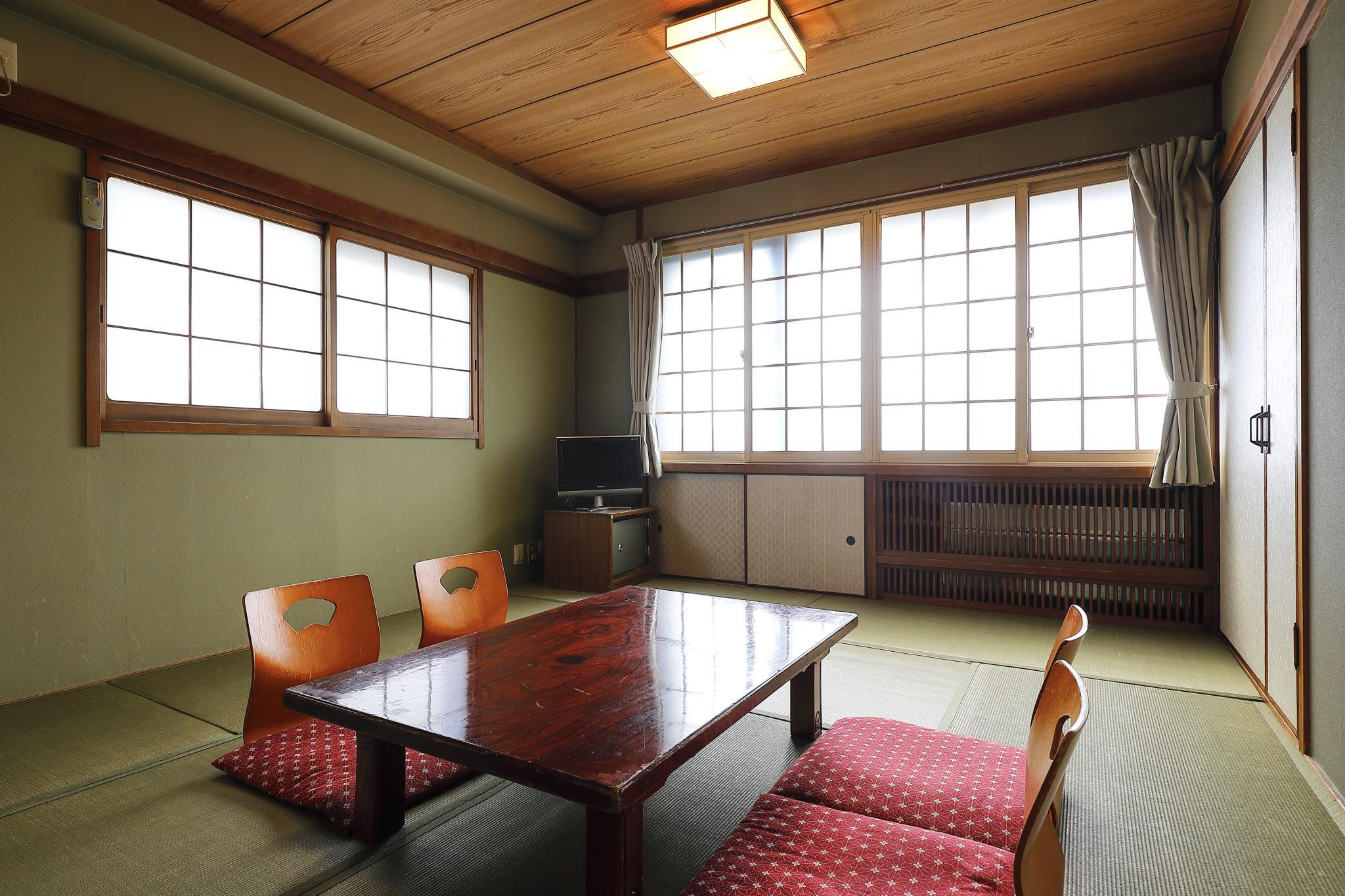 Superior Japanese Style Room with Private Bathroom - Non-Smoking