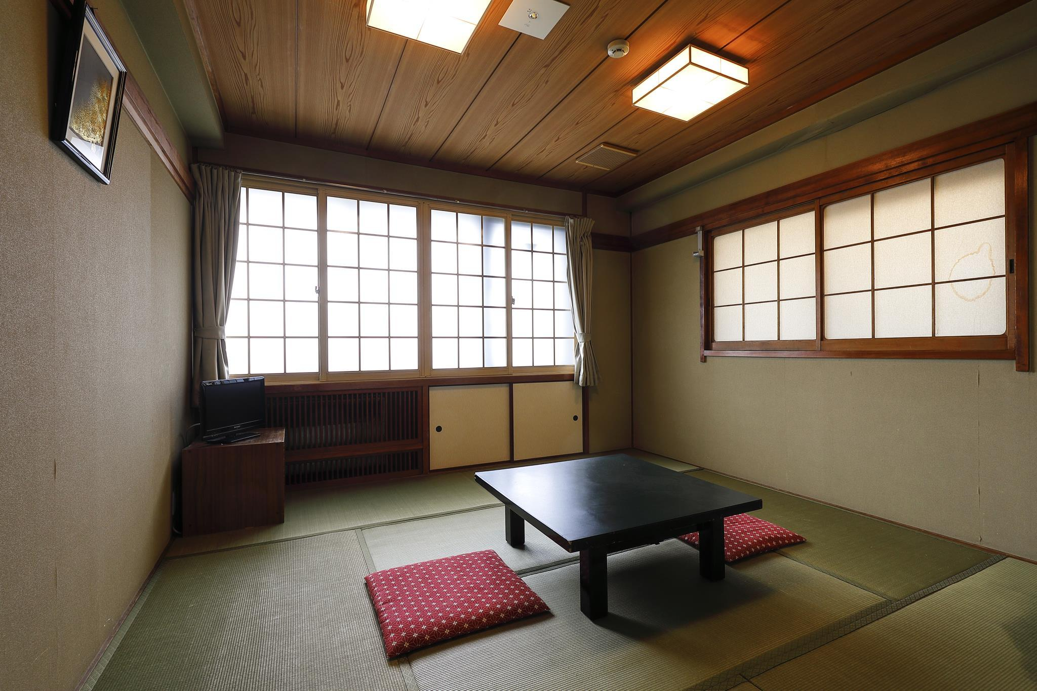 Standard Street Facing Temple View Japanese Style Room with Private Toilet - Non-Smoking