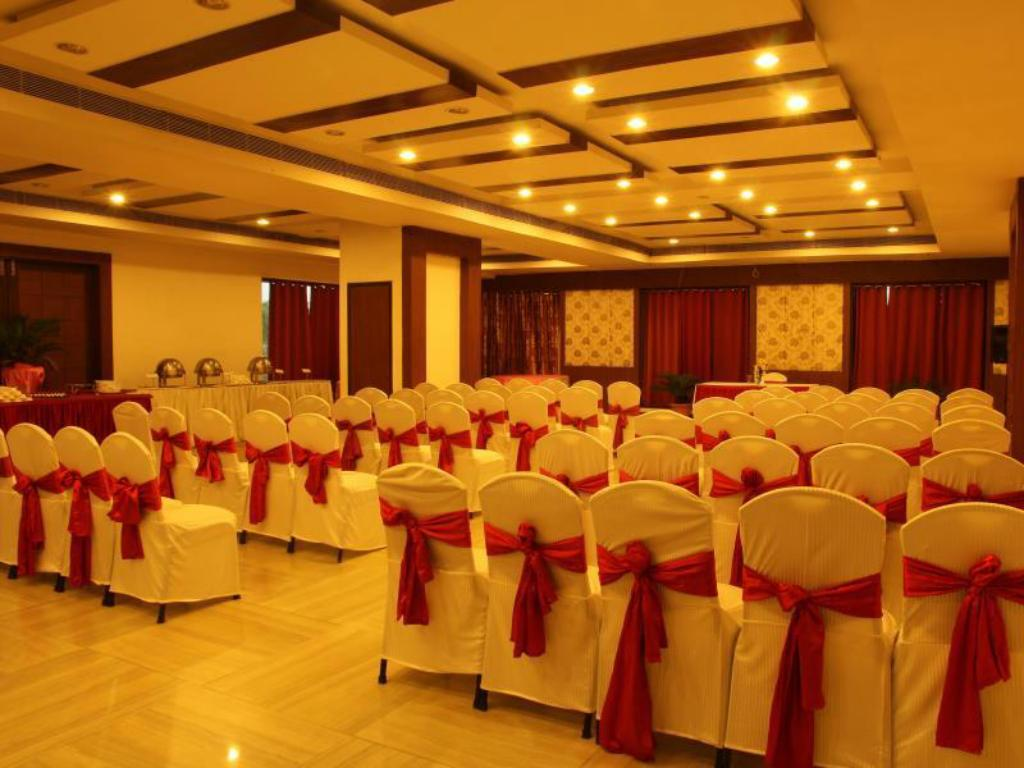 Business center Starihotels Bhagwanpur Raigarh
