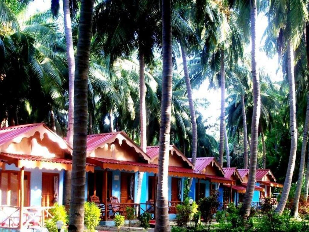 See all 31 photos Coconhuts Beach Resort-Neil Island