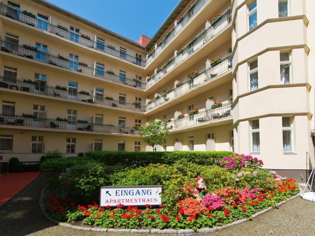 ba203f20c54de3 DEALS FROM S 78! Hotel   Apartments Zarenhof Berlin Prenzlauer Berg ...
