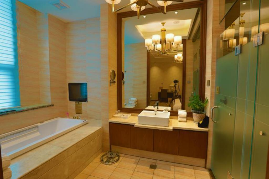 Quarto cama King-size Luoyang Ling Hang International Hotel