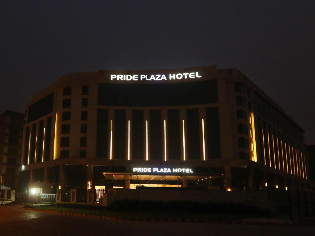 Hotel Delhi Pride Best Price On Pride Plaza Hotel Aerocity New Delhi Pride Plaza