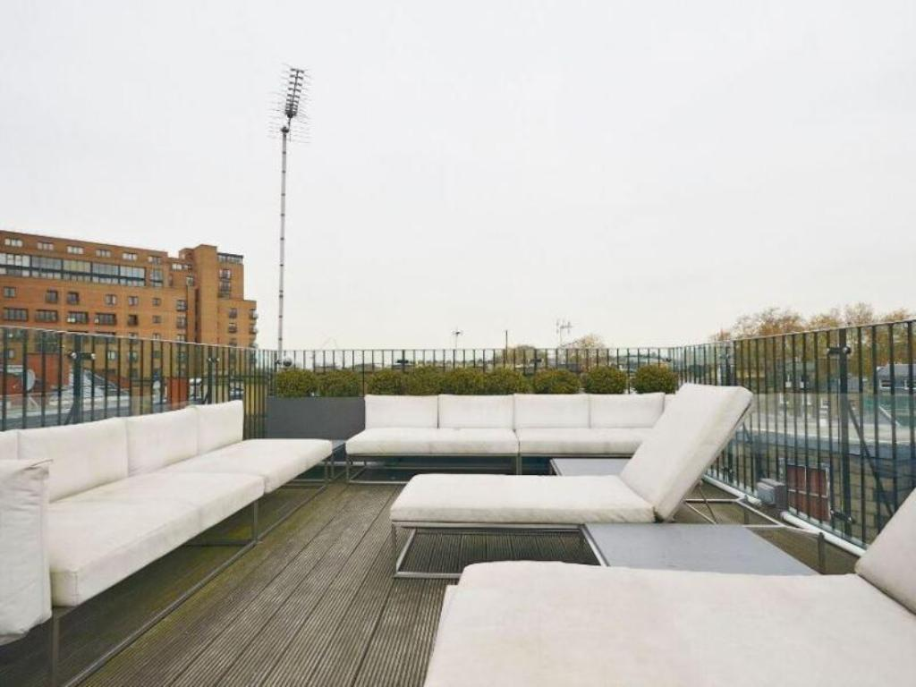 Alle 29 ansehen Uber Ultra Modern Conversion in Kensington Apartment