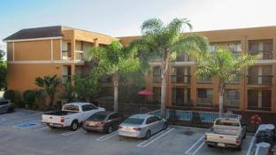 Quality Inn And Suites Westminster Seal Beach