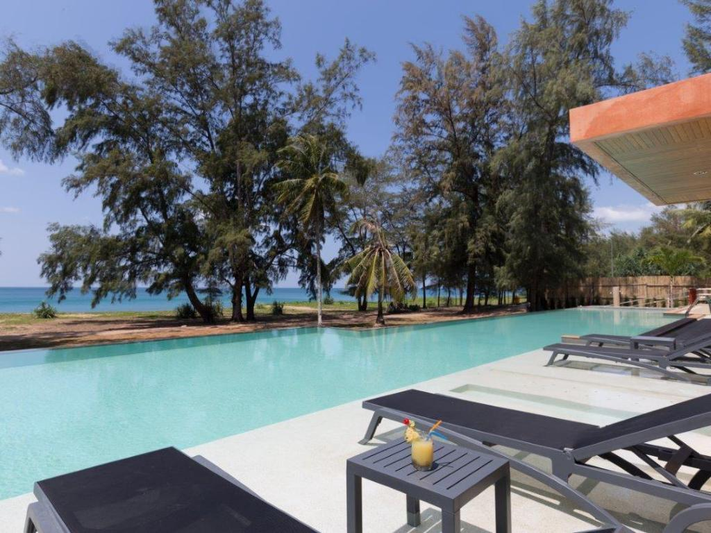 More about Coriacea Boutique Resort