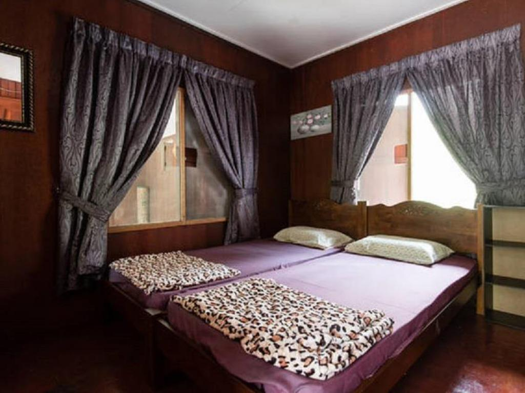 Chalet - 2-Bedroom - Bed Rumahku Holidays @ Janda Baik