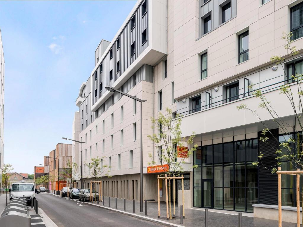 aparthotel adagio access colombes la defense paris from. Black Bedroom Furniture Sets. Home Design Ideas