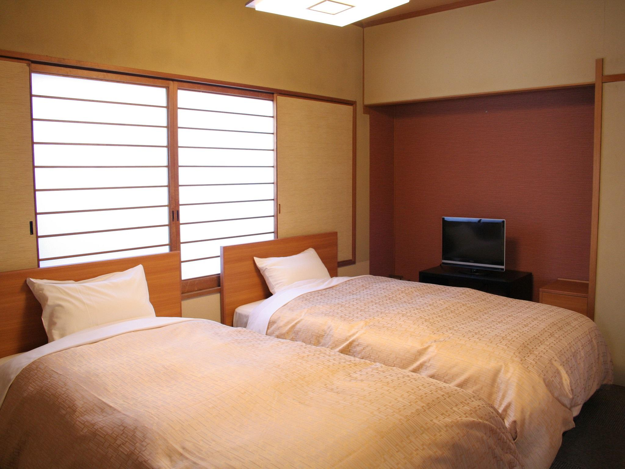 Camera in Stile Giapponese-Occidentale (Japanese Western Style Room)