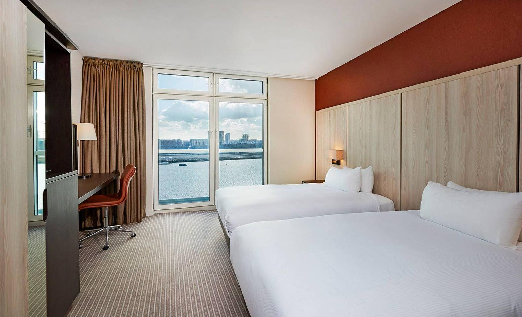 Twin Accessible Deluxe Room with Water View