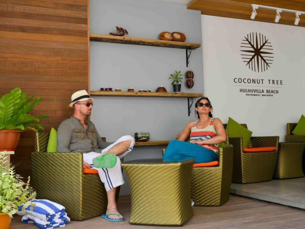 Lobby Coconut Tree Hulhuvilla Beach