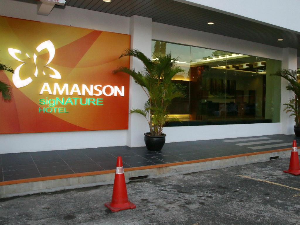 More about Amanson sigNature Hotel
