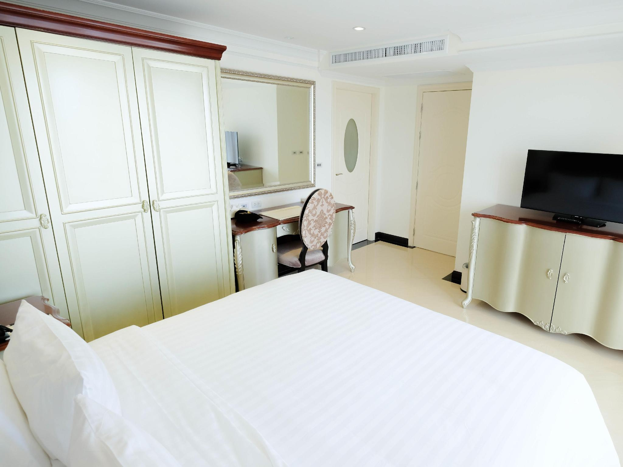 Two Bedrooms Family Suite