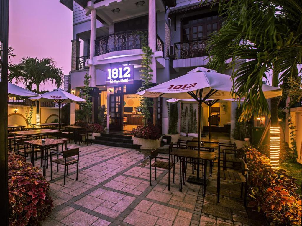 1812 Boutique Hostel