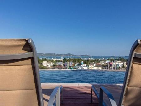 Swimming pool [outdoor] DLUX Condominium Chalong Phuket