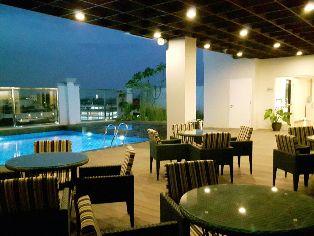 Best Price On Swiss Belinn Tunjungan In Surabaya Reviews
