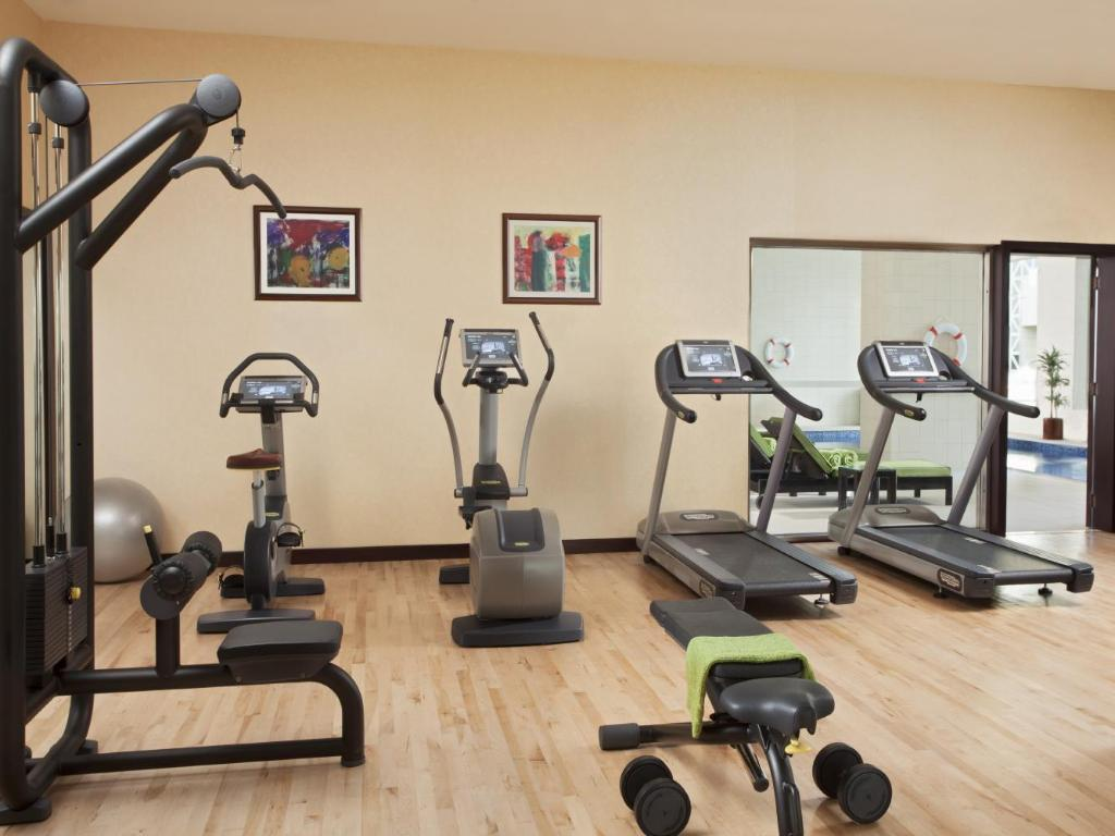 siłownia/sala do fitnessu Hyatt Residences Doha West Bay