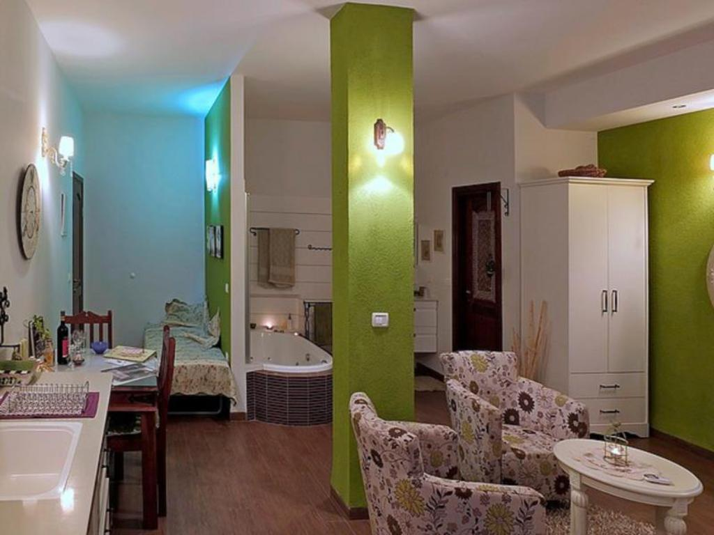 Интерьер Mikis B&B Rosh Pinna