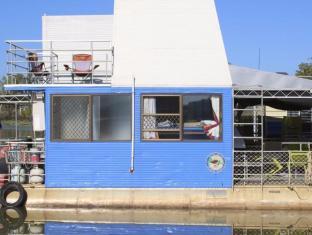 Mary River Houseboats