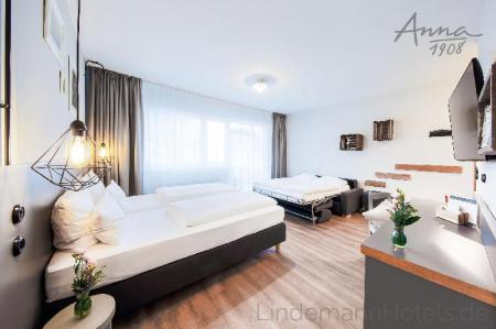 Our Cosy Family Quadruple Room - Guestroom Hotel Anna 1908