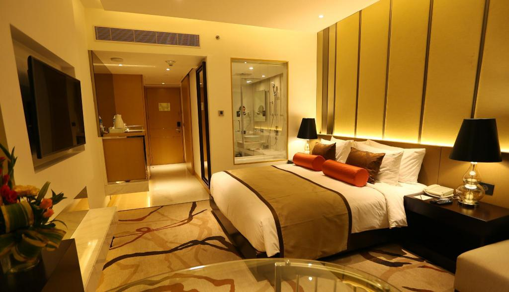 Premium Luxury Suite - Bed