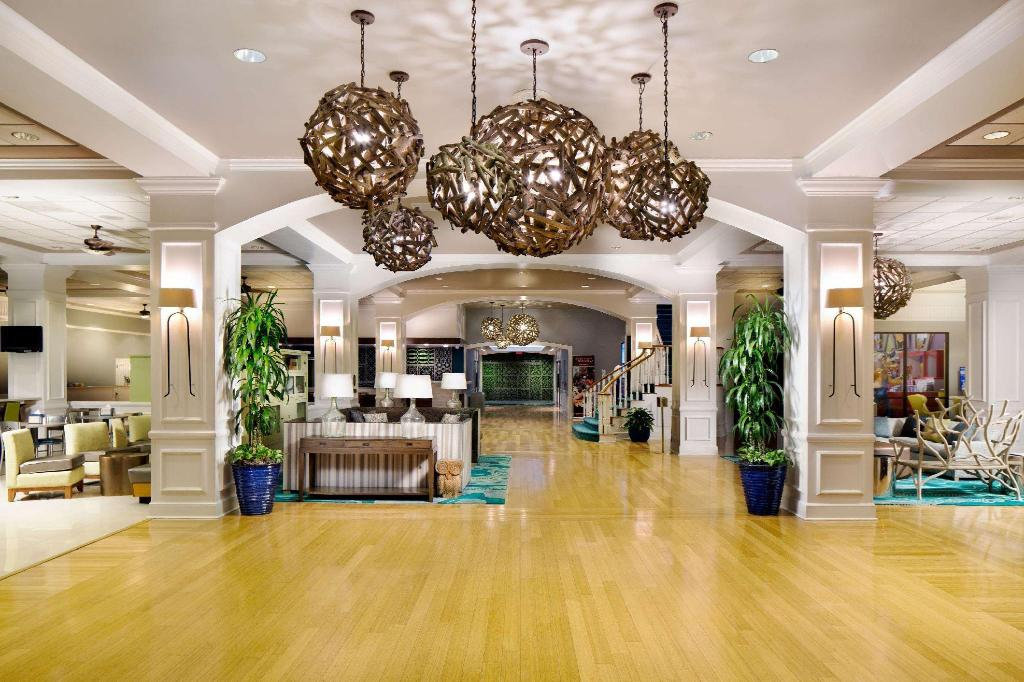 Lobby Wyndham Garden Lake Buena Vista Disney Springs Resort Area