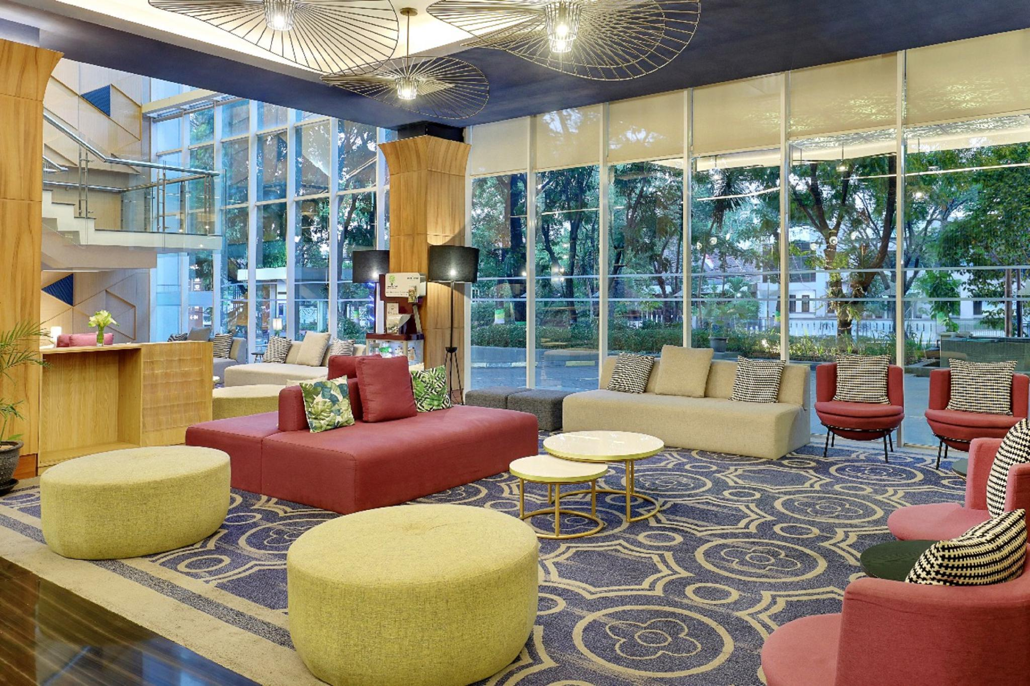 Mercure Bandung Nexa Supratman Hotel - Deals, Photos & Reviews