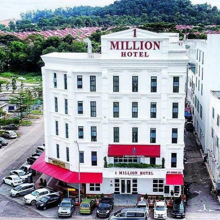 More about 1 Million Hotel
