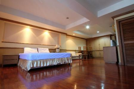 Standard  Family Room - Non Smoking - Bed Alameda Suites Hotel