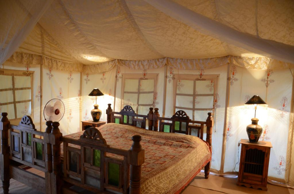 Suite - Seng Sheesh Mahal Desert Camp