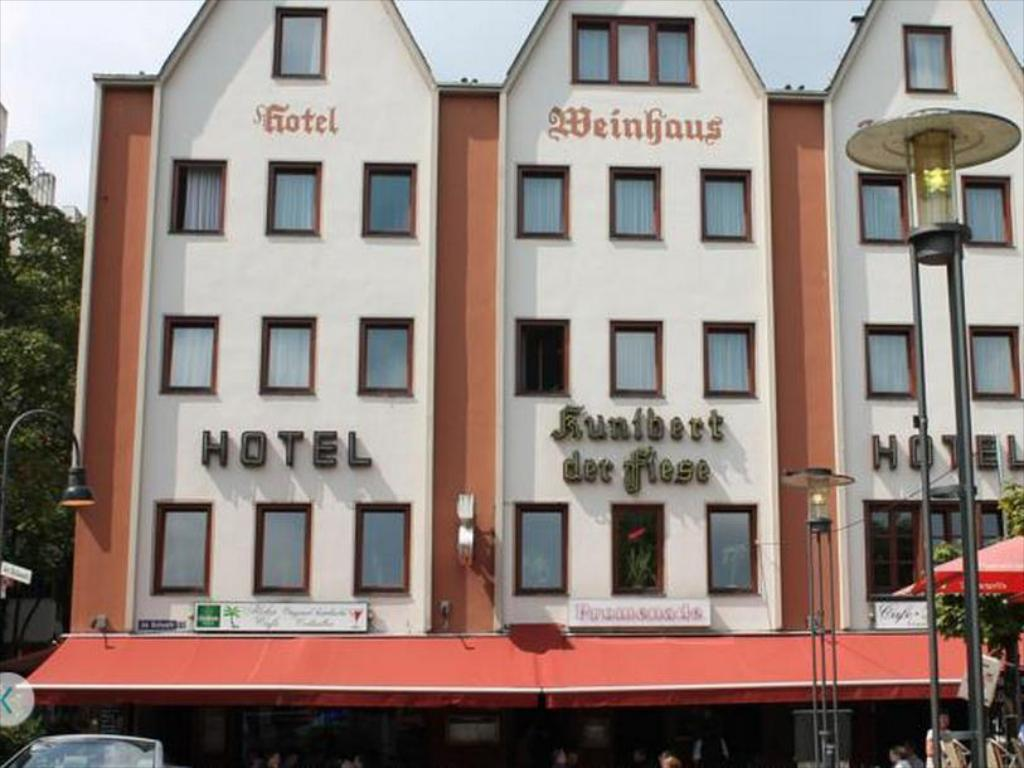 Hotel Kunibert Der Fiese Koln Ab 47 Agoda Com