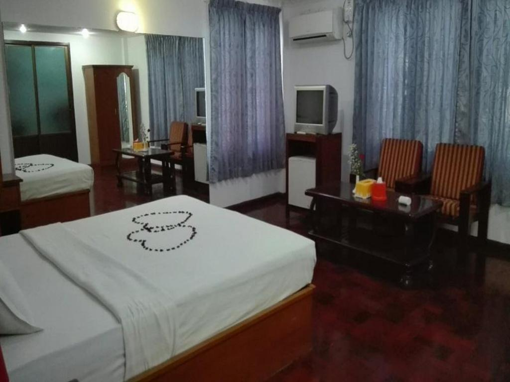 Hotellet indefra Yangon Airport Inn