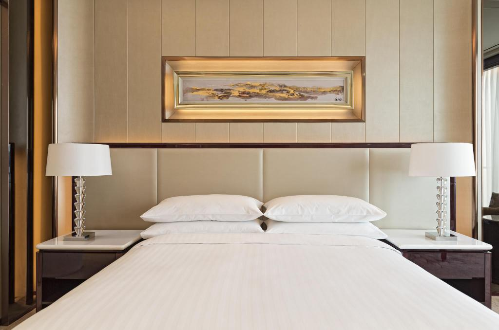 Deluxe Room, Guest room, 1 King or 2 Double, Marriott Yiwu - Κρεβάτι