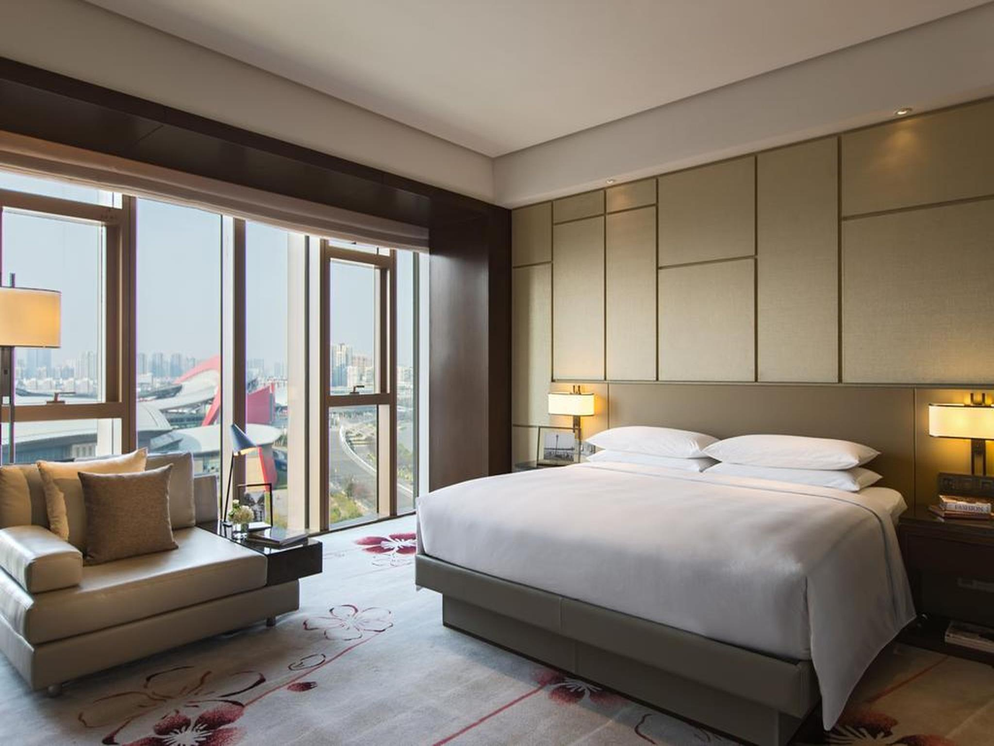 Club Room, Club lounge access, Guest room, City view