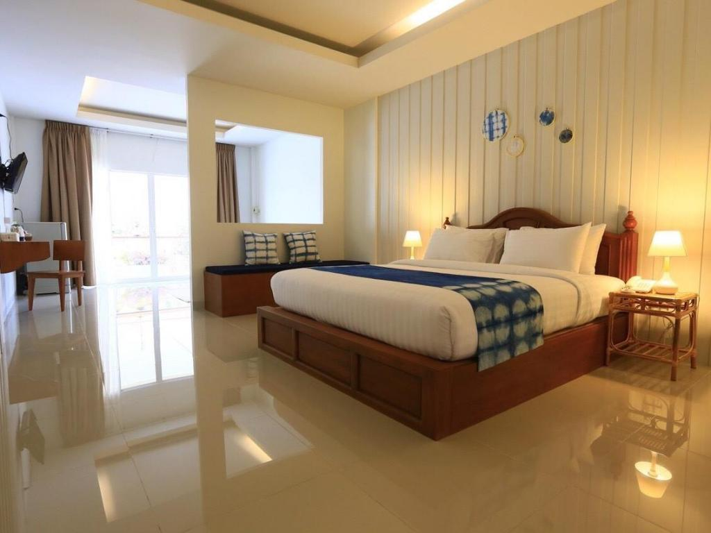 Baan Iyara Boutique City Hotel Nan