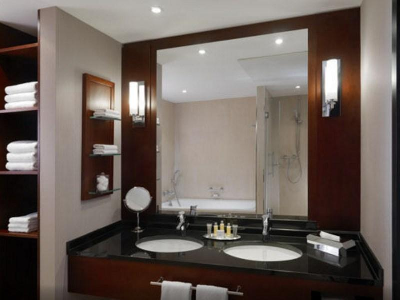 Executive Suite, Executive lounge access, 1 King